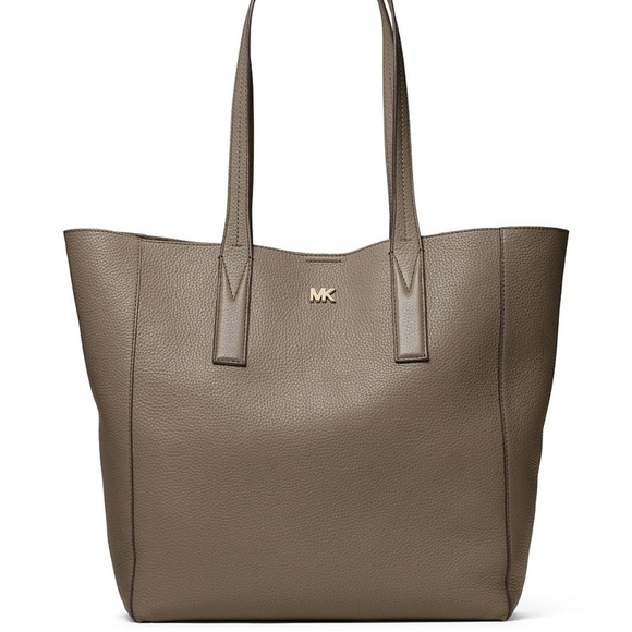 3e58f40738f0 Michael Kors Junie Large Pebbled Leather Tote- Mus. NWT